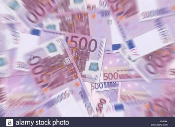 currency-euro-notes-mixed-heap-mix-pile-bank-lending-institution-blue-j6h03x