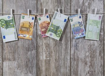 money-2991837_1920