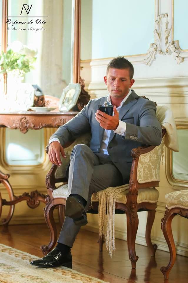 o_padre_portugues_musculado_e_bronzeado_que_esta_a_conquistar_a_internet_6